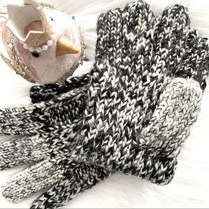 Lauren by Ralph Lauren Black Knit Gloves